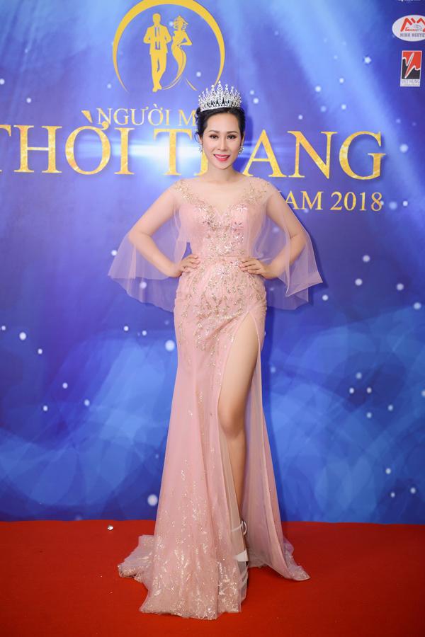 Hoa hậu Hạnh Lê vừa góp mặt trong đêm chung kết cuộc thi Người mẫu thời trang Việt Nam 2018 diễn ra tối 31/3 tại Vũng Tàu.