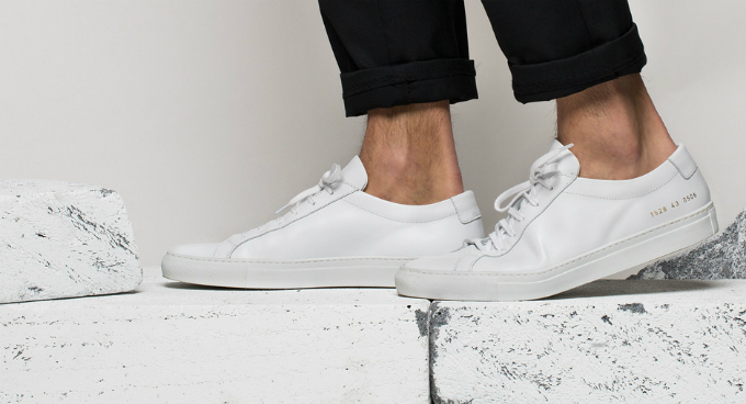 Mẫu giày Common Projects Achilles.