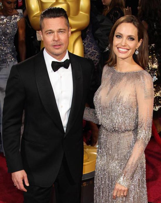 Jolie-Pitt kết thúc vụ ly hôn trong êm thấm.