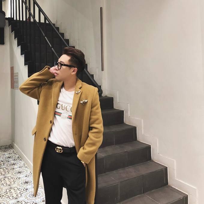 Fashionista Việt thi nhau diện áo thun cả chục triệu đồng