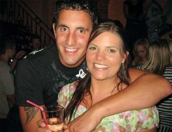 Scott và bạn gái