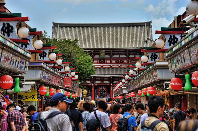 Sensoji là một trong những ngôi đền cổ kính nhất tại Tokyo.
