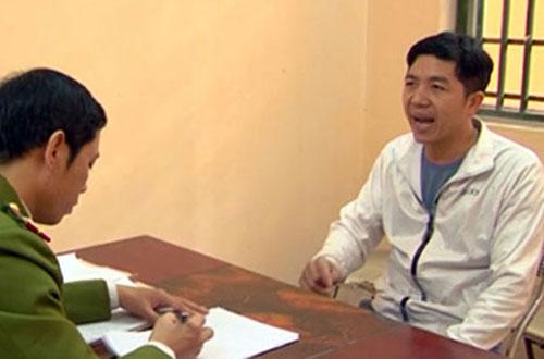 Phạm Văn Thông tại cơ quan công an.