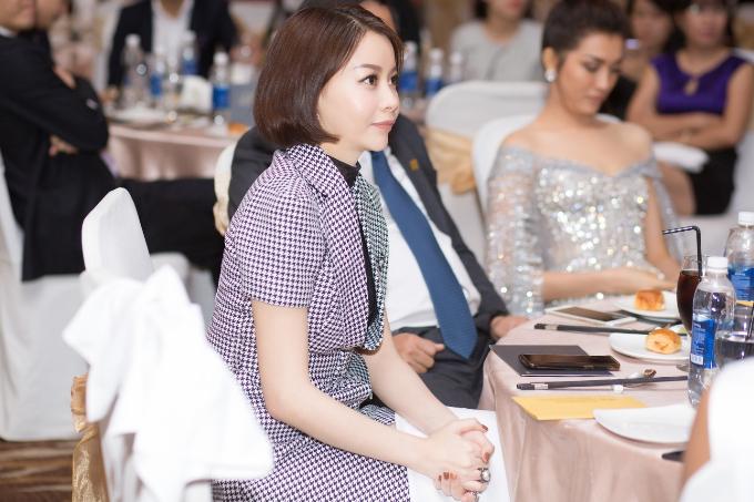 Tại buổi tiệc, ban tổ chức Hoa hậu Hoàn vũ Việt Nam đã chia sẻ kế hoạch, định hướng cho các người đẹp trong tương lai. Trước mắt là chuẩn bị mọi thứ thật chỉn chu để HHen Niê tham gia Hoa hậu Hoàn vũ Thế giới 2018.