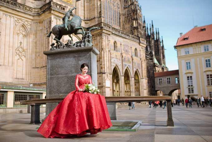 Ảnh cưới chụp tại Séc của đôi uyên ương yêu qua Facebook - 1