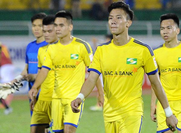 Quế Ngọc Hải và đồng đội đang có khởi đầu khó khăn ở V-League 2018.