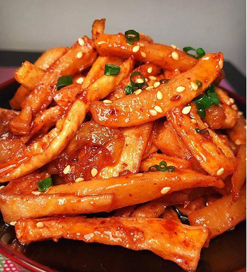 Củ cải muối giòn hấp dẫn tín đồ ăn cay