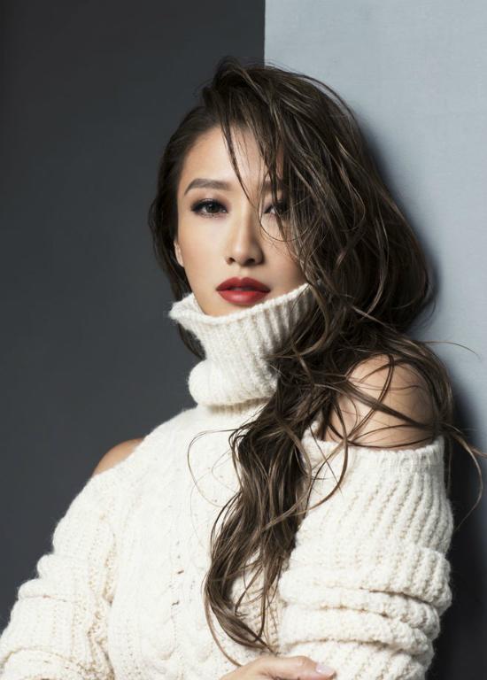Em gái Tạ Đình Đình của tài tử Tạ Đình Phong.