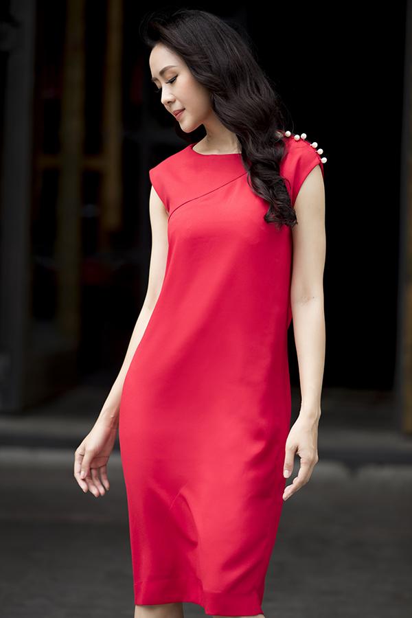Gam màu đơn sắc với nhiều tông đậm - nhạt, nóng - lạnh đa dạng giúp chị em thoải mái chọn trang phục theo đúng tâm trạng của mình.
