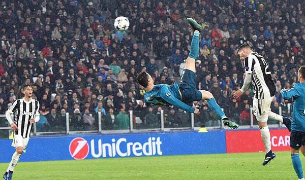 Bàn thắng của C. Ronaldo nhận được cơn mưa lời khen từ các đồng đội, đồng nghiệp, HLV, BLV trên khắp thế giới.