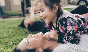 Con gái Kim Hiền ngày càng lớn đáng yêu