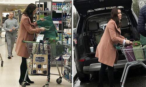Công nương Kate vác bụng bầu 9 tháng đi siêu thị một mình