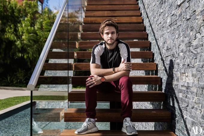 Ngoài nơi ở chính, Zedd đã sửa gara thành nơi làm việc của anh gồm một studio và một phòng tập gym. Chàng ca sĩ mang hai dòng máu Nga - Đức đang tận hưởng cuộc sống độc thân thoải mái và bình yên trong ngôi nhà đẹp như mơ của mình. Trước đây anh từng hẹn hò Selena Gomez vào đầu năm 2015 khi hợp tác thu âm cùng.