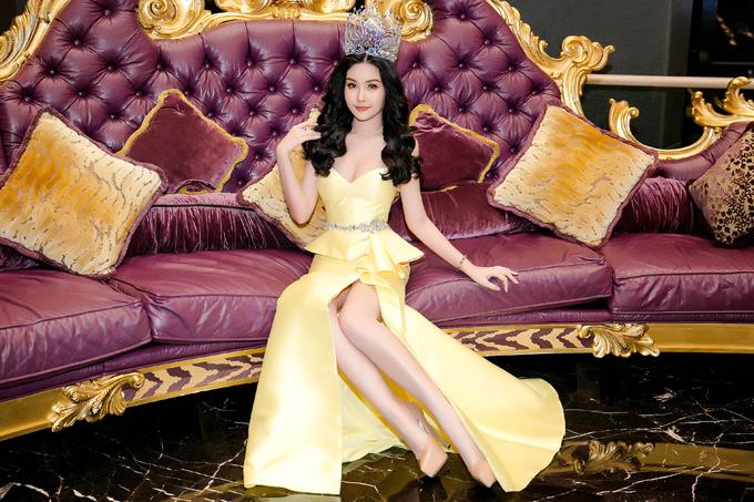 Ban tổ chứcthừa nhận đã sai sót, cho thí sinh không đủ điều kiện dự thi Hoa hậu Đại dương và chấp nhận nộp phạt. Tuy nhiên đơn vị này không tước vương miện của Ngân Anh.