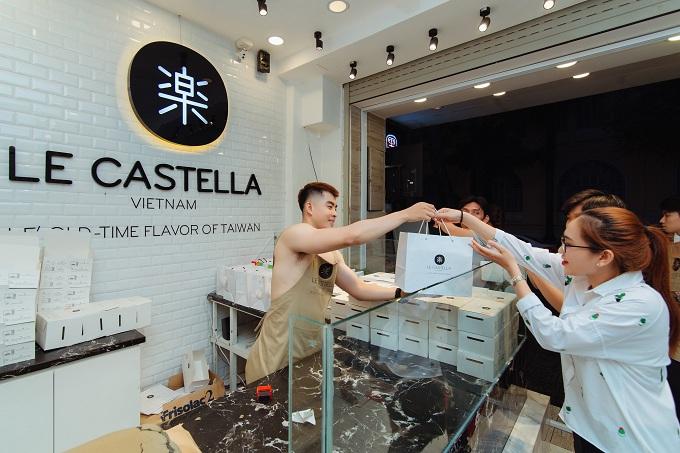 Ngoài việc giữ đúng hương vị của bánh bông lan khổng lồ Đài Loan, Le Castella còn được ưu chuộng bởi việc thương hiệu này sử dụng nguồn nguyên liệu tự nhiên như: bột organic, collegen và đường lowcarb mang đến những sản phẩm bánh chất lượng cho thực khách.