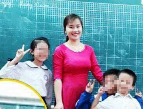 Cô giáo Nguyễn Thị Minh Hương trước khi xảy ra sự việc phạt nữ sinh lớp 3A5 bằng cách bắt uống nước giặt giẻ laubảng.