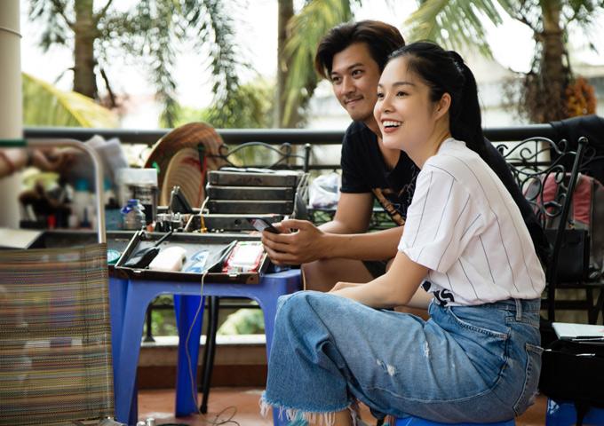 Bạn diễn của Dương Cẩm Lynh là diễn viên Hà Việt Dũng.