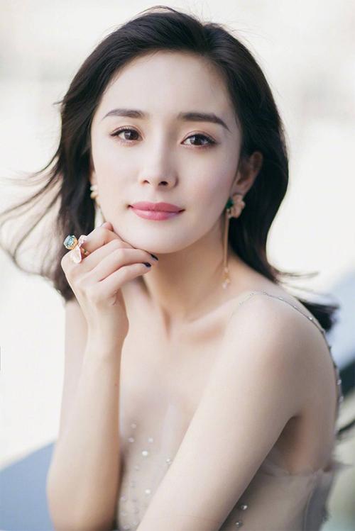 Dương Mịch dính scandal gây ảnh hưởng nghiêm trọng tới sự nghiệp.