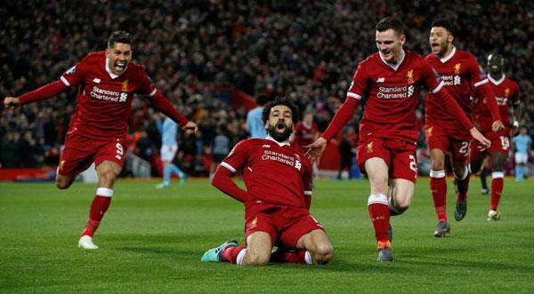 Ngược lại,các cầu thủ Liverpool khiến khán giả nhà nức lòng khi nhanh chóng ghi ba bàn thắng chỉ trong vòng 30 phút đầu của trận đấu.