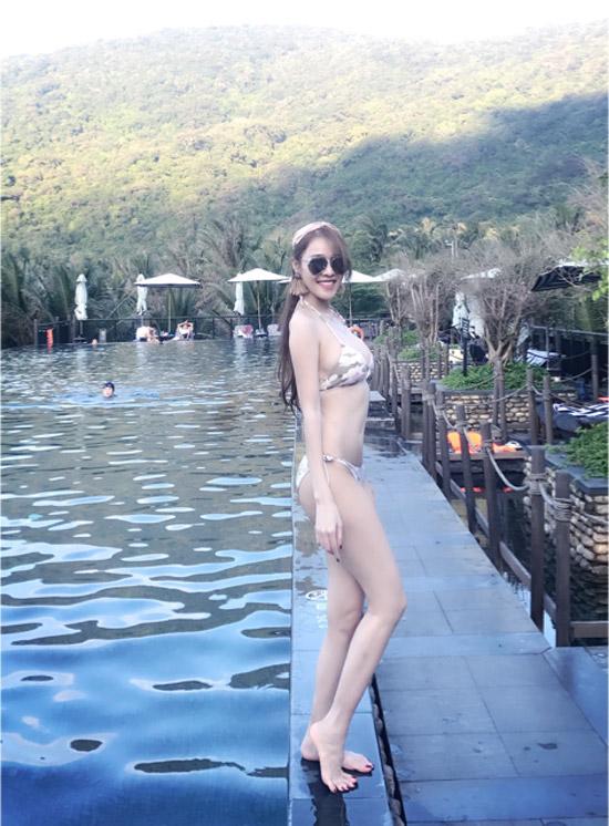 Sau vụ tố Trường Giang, Quế Vân mặc bikini, khoe dáng trên bãi biển - 2