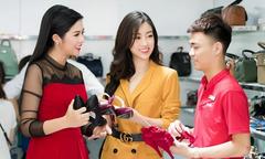 Sao Việt rủ nhau mua giày giá 200.000 đồng