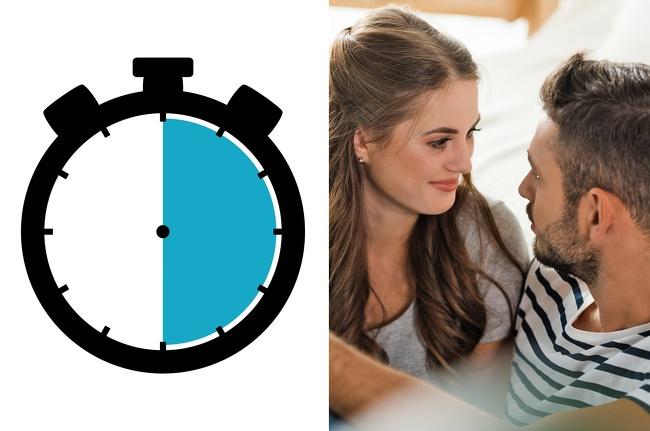 6 tiếng để có một mối quan hệ tốt hơn.Nhà nghiên cứu về hôn nhân,John Gottman, khẳng định ông tìm thấy sự khác biệt giữa mối quan hệ thành công và mối quan hệ thất bại. John cho biết, các cặp đang tiếp tụccải thiện mối quan hệcố gắng đầu tư thêm 6 tiếng mỗi tuần cho tình yêu của họ. John muốn chia sẻ công thức tương đối về việc hai ngườidành thời gian chất lượng này cho nhau:Chào tạm biệt: Hãy nói lời tạm biệt ấm áp với bạn đời để chắc rằng họ rời nhà đi làm với tâm trạng tích cực. Việc này chỉ mất 10 phút mỗi tuần.Chào hỏi: Khi gặp lại bạn đời, hãy ôm và hôn họ. Việc này nên diễn ra trong ít nhất 6 giây. Sau nụ hôn, hai người nên có cuộc trò chuyện để giải tỏa stress trong20 phút. Tổng thời gian cho việc đólà một tiếng 40 phút mỗi tuần.Sự cảm kích và ngưỡng mộ: Chuyên giaJohn Gottman khuyến khích các cặp giữ thói quen thể hiện sự cảm phục, ngưỡng mộ hay khen ngợi với nửa kia. Việc đó sẽ mất 35 phút/tuần.Tình cảm/cảm xúc: Thể hiện cảm xúc về thể xác thực sự cần thiết nếu bạn muốn kết nối với nhau. Đừng quên hành động ôm ấp, vuốt ve hay những nụ hôn chúc ngủ ngon trước khi cả hai chìm vào giấc ngủ. Bạn chỉ tốn 35 phút mỗi tuần để làm việc ấy.Hẹn hò tối: Đó là một trong những cách duy trì sự gần gũi, lãng mạn giữa hai người. Hãy cố gắng mỗi tuần một lần,dành khoảng hai tiếng cho một cuộc hẹn cùng nhau.