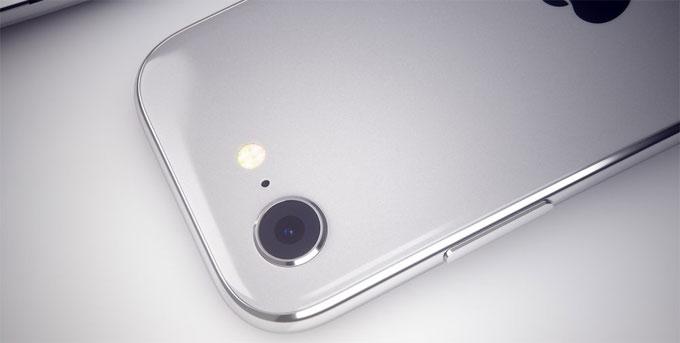 Còn trong 2018, các tin đồn nói rằng Apple sẽ ra ba mẫu điện thoại mới: bản nâng cấp cho iPhone X, iPhone X Plus màn hình lớn hơn và một chiếc điện thoại hỗ trợ Face ID nhưng dùng màn hình LCD nhằm giảm giá thành sản xuất.