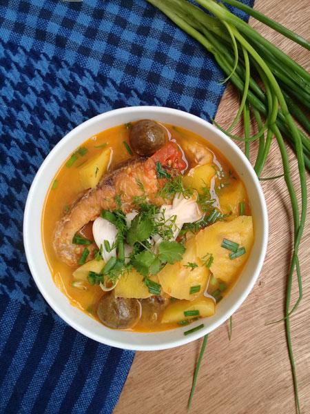 Thanh ngọt canh cá trắm nấu chua - 1