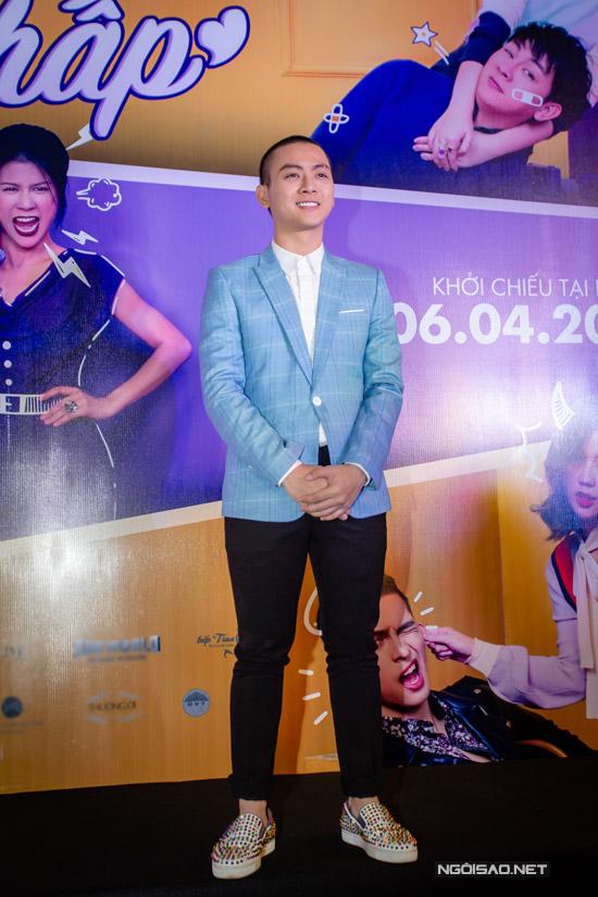 Nam chính Hoài Lâm bảnh bao tại buổi công chiếu phim ở Hà Nội. Yêu em bất chấp cũng là dự án mà anh trở lại sau thời gian dài im ắng về hoạt động nghệ thuật.
