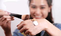 3 mẹo trang điểm hữu ích dành cho phụ nữ bận rộn