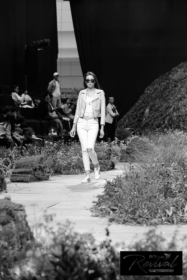 [Yến Nhi - Hà Mai] Đột nhập buổi tổng duyệt IVY moda fashion show Xuân Hè 2018 - 8