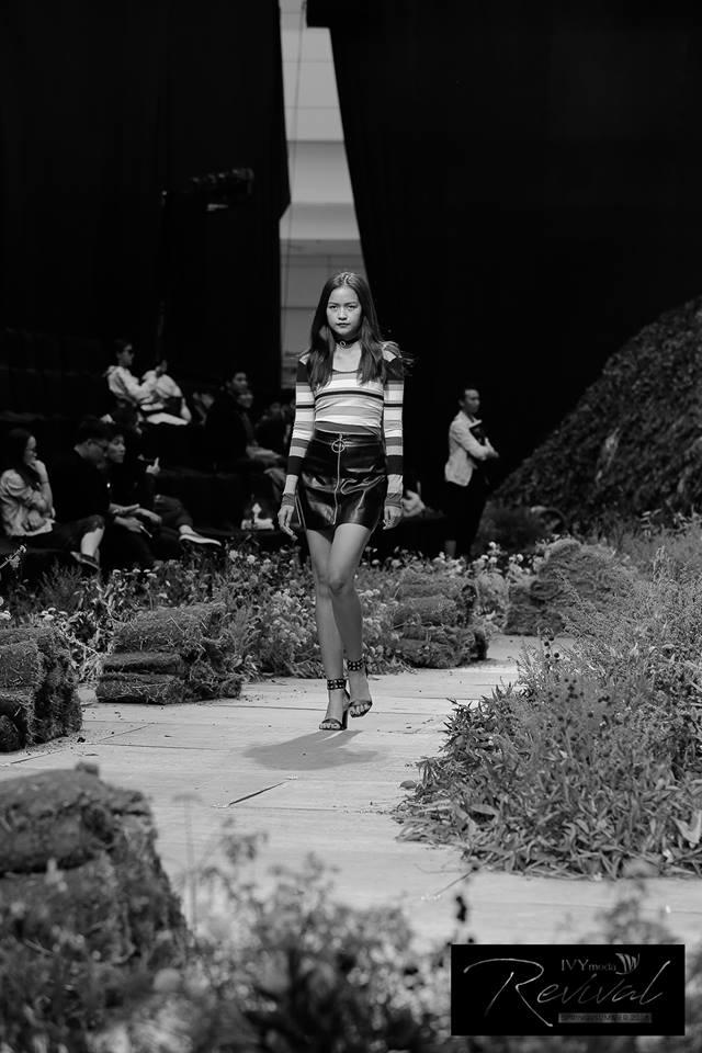 [Yến Nhi - Hà Mai] Đột nhập buổi tổng duyệt IVY moda fashion show Xuân Hè 2018 - 5