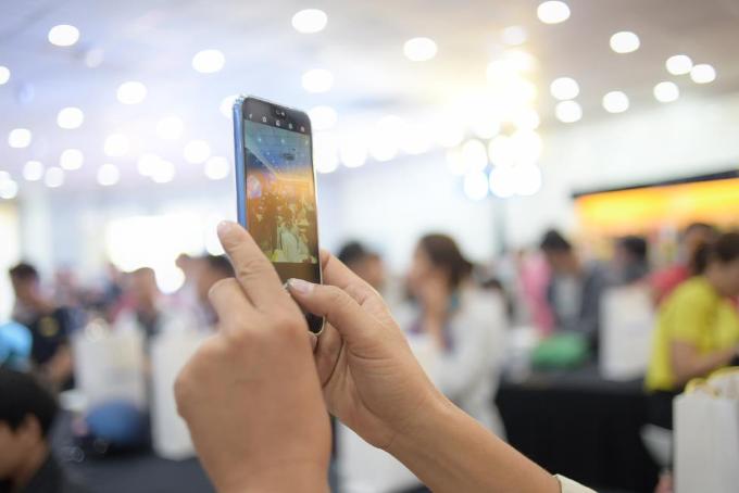 Tính năng chụp ảnh sắc nét của smartphone Huawei Nova 3e.