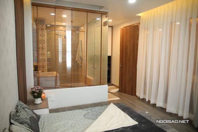 Phòng ngủ ấm cúngliền kề phòng tắm rộng rãi.