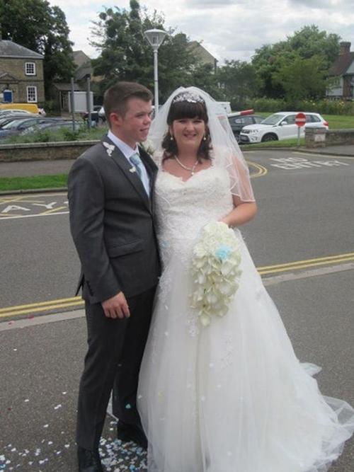Daniel và Rebecca mới kết hôn hồi tháng 8/2017.