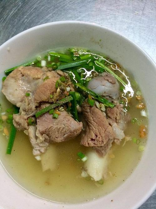 Quán mì Tàu yêu thích của Cindy Thái Tài ở Sài Gòn - 1