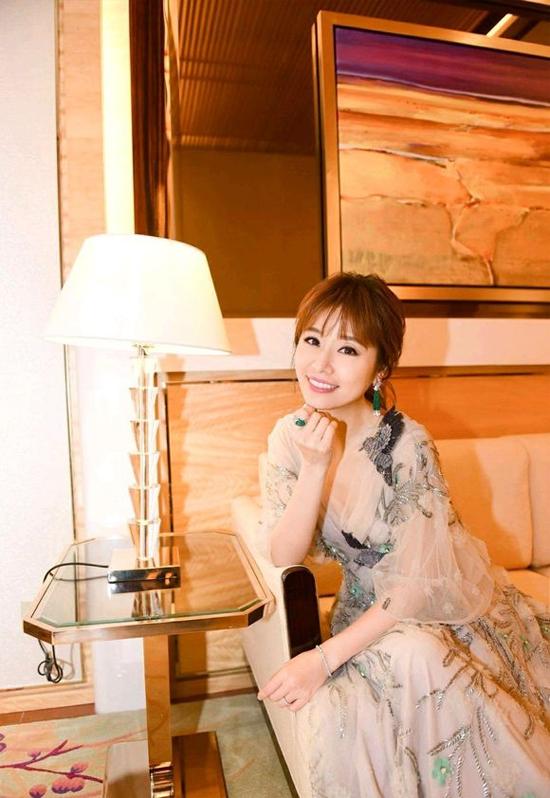 Lâm Tâm Như cảm ơn con gái khi giành giải Nữ diễn viên chính xuất sắc - 6