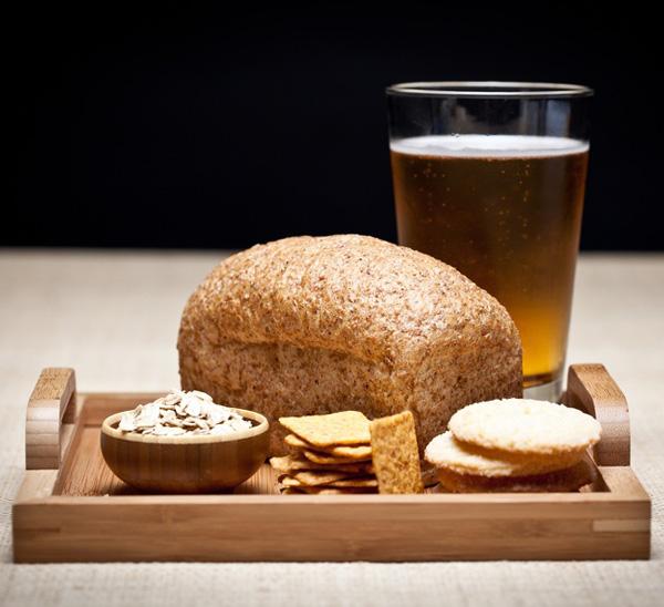Thực phẩm chứa gluten Gluten là một loại protein có nhiều trong bột mì, lúa mạch, lúa mạch đen... Một số người