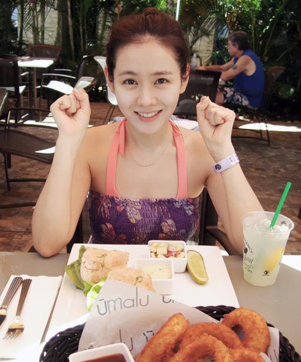 Son Ye Jin có một nguyên tắc là không ăn gì 3 giờ trước khi đi ngủ.