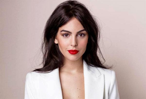 Georgina Rodriguez lần đầu phản ứng mạnh với những lời chỉ trích. Ảnh: NN.