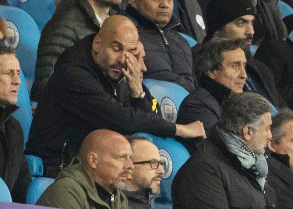 Nhà cầm quân Man City thất vọng, buồn bã khi đội nhà tiếp tục bại trận trước Liverpool, dừng bước tại tứ kết Champions League. Ảnh: Sun.
