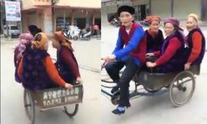 Các cụ bà U80 'hồi teen' chạy xe kéo dạo phố