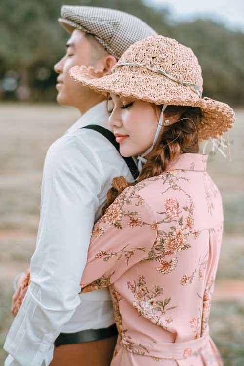 Nói về hạnh phúc lâu dài, Ngân cho biết cô không có bí quyết gì nhưng cá nhân cô nghĩ rằng lúc nào cũng cần tạo cho mình cảm giác như lúc mới yêu; cưới nhau rồi vẫn nói những lời ngọt ngào với nhau, nấu ăn cùng nhau, cho nhau những bất ngờ, những nụ hôn trước khi đi ngủ và khi thức dậy...
