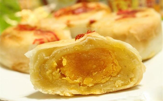 Tiệm bánh bèo Huế nhà làm hơn 20 năm ở Sài Gòn