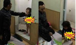 Hai bố con đùn đẩy nhau chuyện giặt quần áo