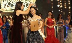 Phạm Thị Huyền Trang đăng quang 'Nữ hoàng ngành làm đẹp'