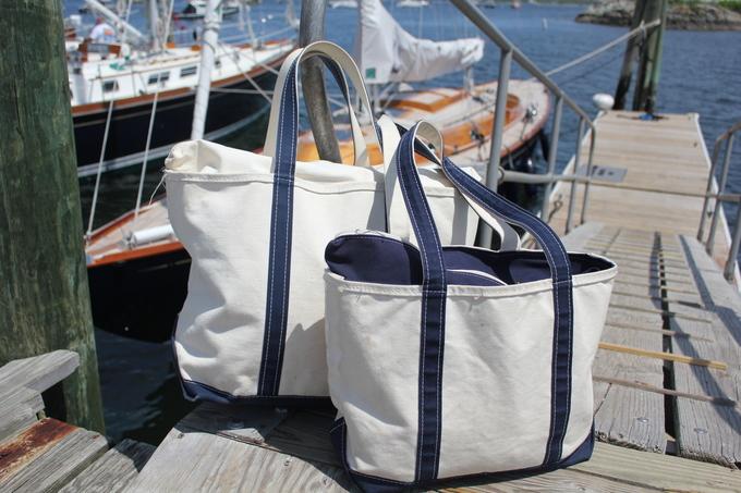 Túi tote thời trang có nguồn gốc từ bịch đựng đá lạnh