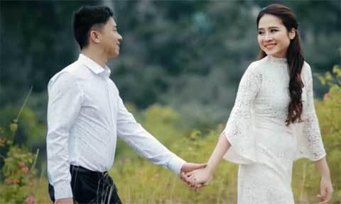 Phóng sự cưới của anh chủ doanh nghiệp và cô nhân viên ngân hàng