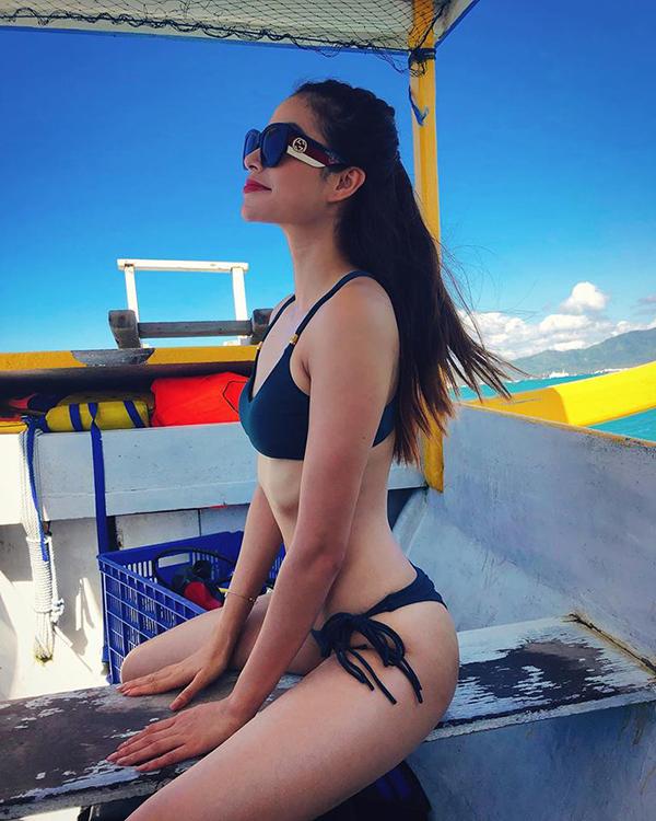 Phạm Hương đã sang Indonesia được 4 ngày để tham gia tour du lịch kéo dài một tuần do Hoa hậu nước này mời.