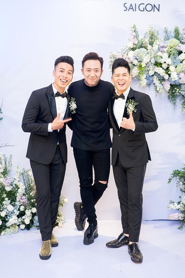 Bố mẹ dự đám cưới của John Huy Trần và bạn trai Nhiệm Huỳnh